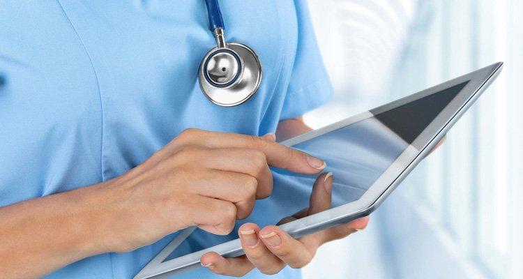 Siete de cada 10 españoles creen que la digitalización mejorará la calidad del sistema de salud