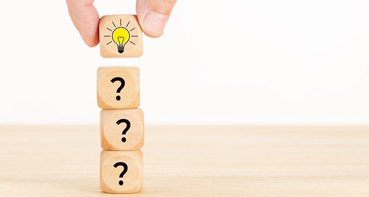 core interrogación cómo recurso concepto idea bombilla